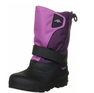 Tundra Quebec Girl's Boot (big girl size 4)